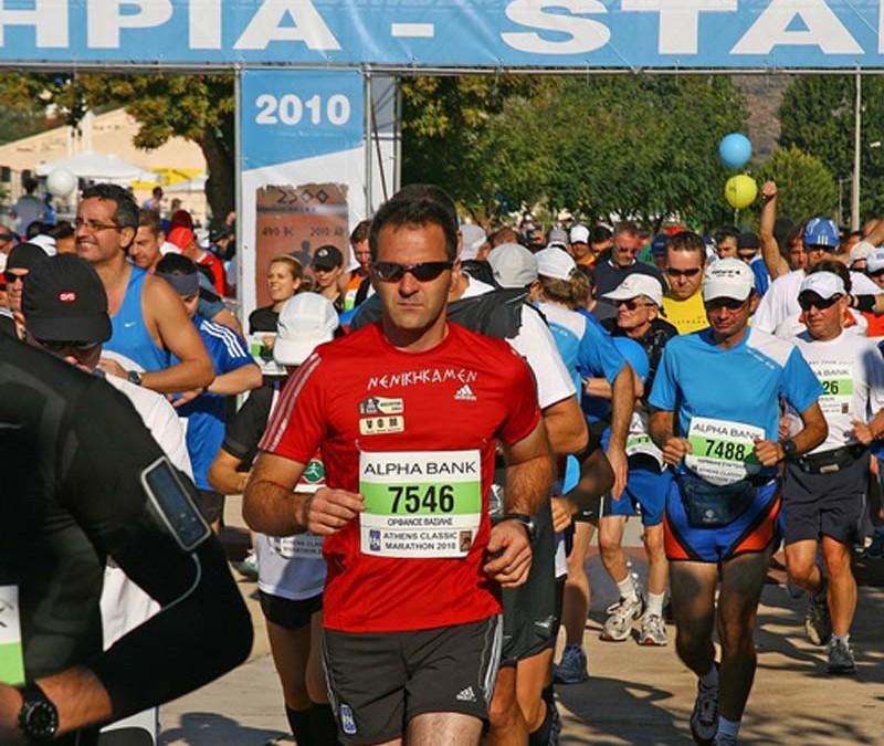 Ο Βασίλης Ορφανός τερματίζει στον Κλασσικό Μαραθώνιο της Αθήνας