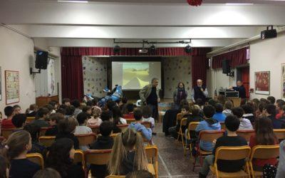 """Ομιλία της VOM για την οδική ασφάλεια στο 7ο Δημοτικό Σχολείο Κηφισσιάς """"Οδυσσέας Ελύτης"""""""